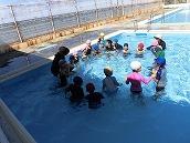 幼稚園児水泳 (4)