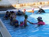 幼稚園児水泳 (2)