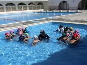 幼稚園児水泳 (1)